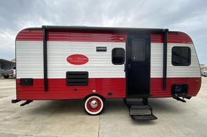 2022 The Old School Trailer  821