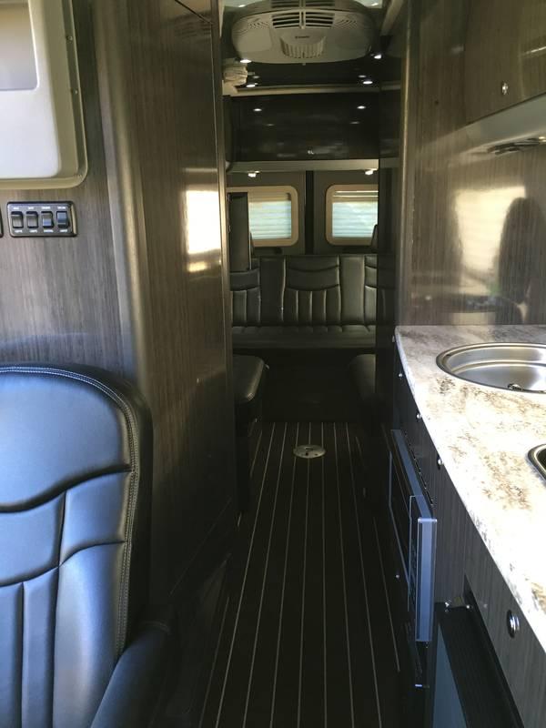 2014 Airstream  24INTNCV3