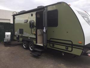 2019 Winnebago Micro Minnie 2106DS