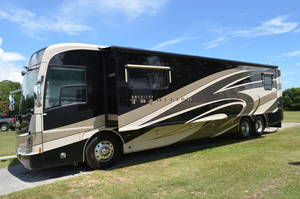 2009 American Coach American Tradition 42M