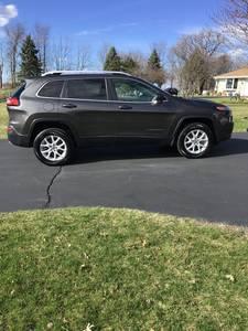 2017 Jeep Cherokee Latitude active drive 2