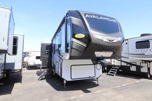 2020 Keystone Avalanche 313RS