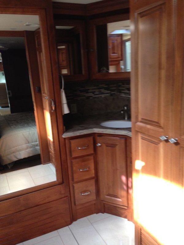 2014 Tiffin Phaeton 40qbh Class A Diesel Rv For Sale By