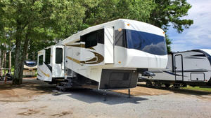 2008 Carriage Carri-Lite 36MAX1
