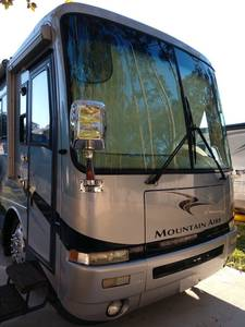 2003 Newmar Mountain Aire 4003