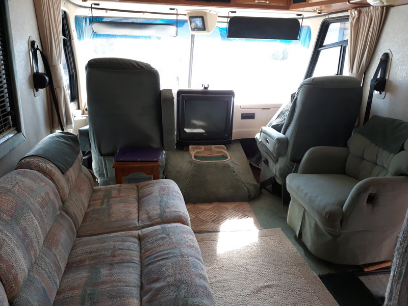 1997 Holiday Rambler Vacationer Series M-35WGS Ford