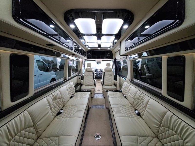 2020 Mercedes Sprinter Midwest Automotive Design/ Daycruiser