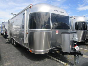 2019 Airstream International Signature 25FB
