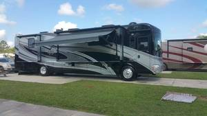 2011 Winnebago Journey 40U