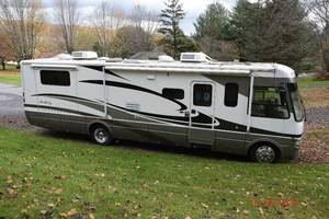 2006 National RV Sea Breeze LX 8360 LX