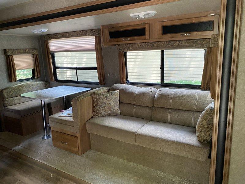 2017 Coachmen Catalina Legacy Edition 293RBKS