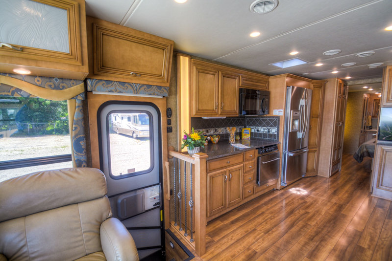 2015 Newmar Canyon Star 3953