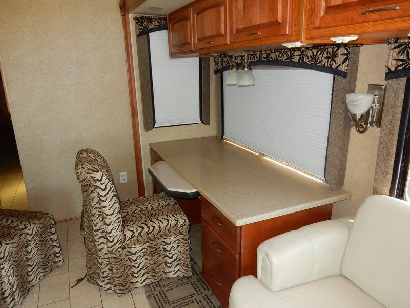 2010 Monaco Cayman 37PBQ