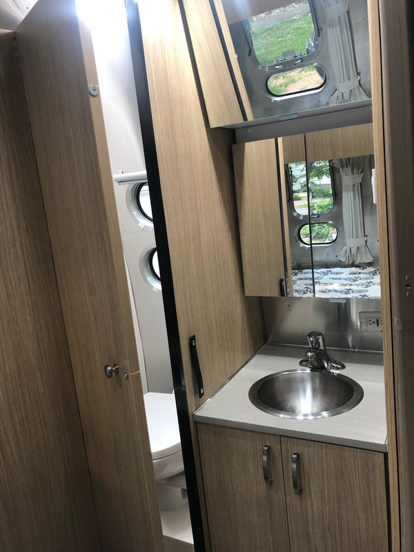 2018 Airstream Flying Cloud 19CB