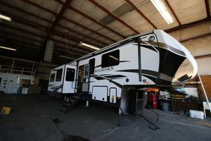 2021 Heartland Bighorn Traveler 32RS