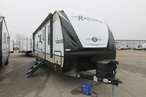 2020 Cruiser RV Radiance 28QD