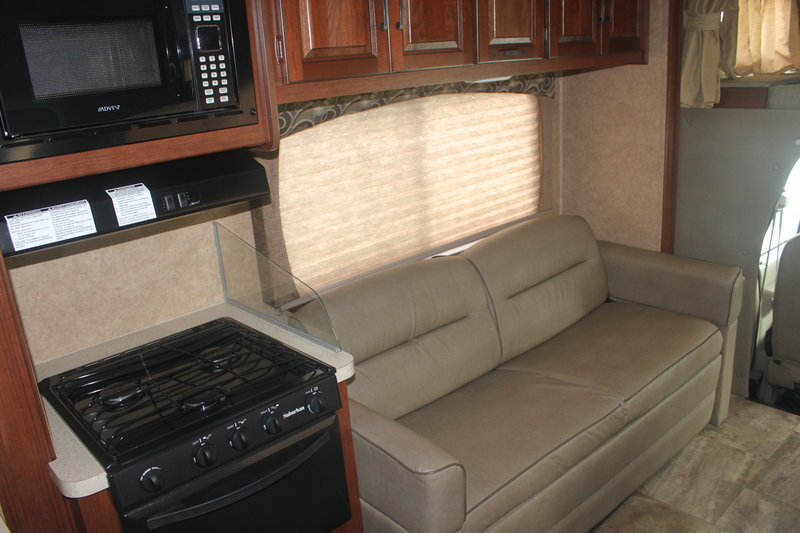 2015 Forest River Sunseeker 3170DS