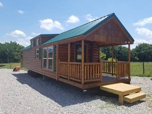 2019 Rolling Acres Cabins Rolling Cabins RV Goldenrod