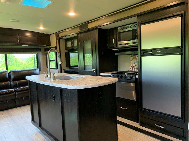 2017 Grand Design Imagine 2950RL