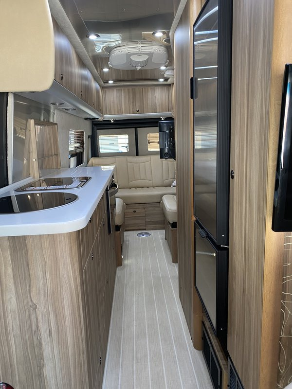 2018 Airstream Tommy Bahama Interstate 3500 GT Tommy