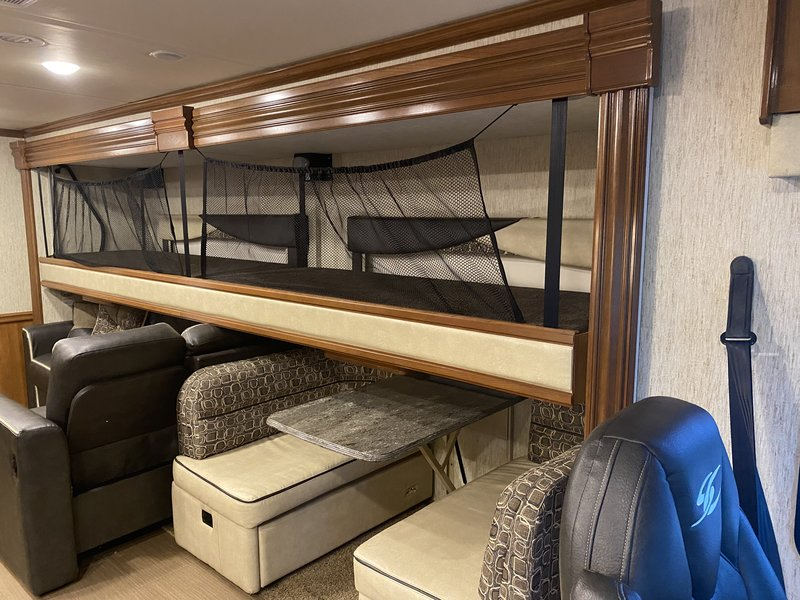 2019 Coachmen Sportscoach 360DL