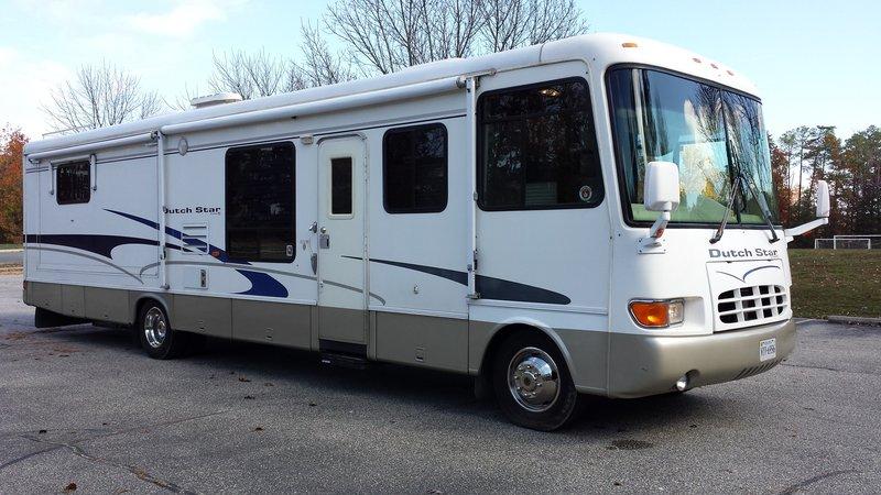 2001 Newmar Dutch Star 3666-Ford