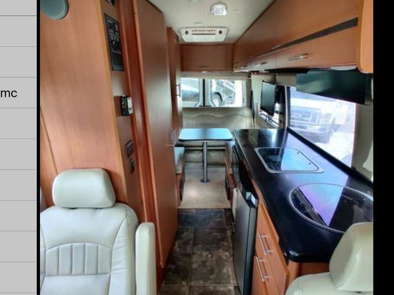 2012 Winnebago Navion ERA