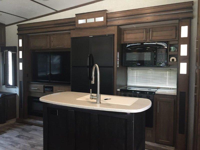 2019 Keystone Cougar 368MBI