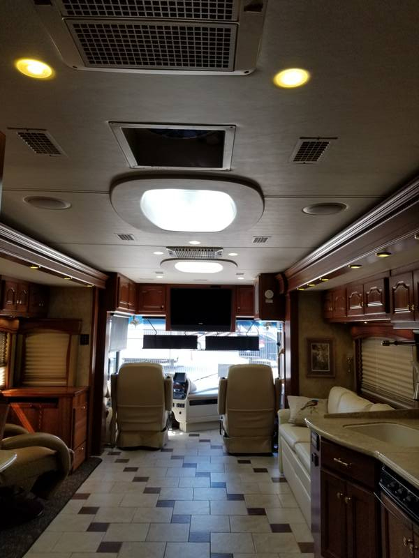 2007 Country Coach Allure 470 SISKIYOU SUMMIT