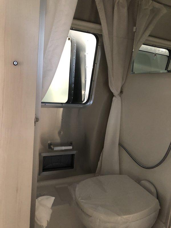 2018 Airstream Bambi Sport 16