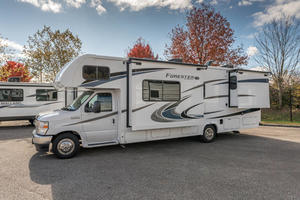 2021 Forest River Forester 2861DSF
