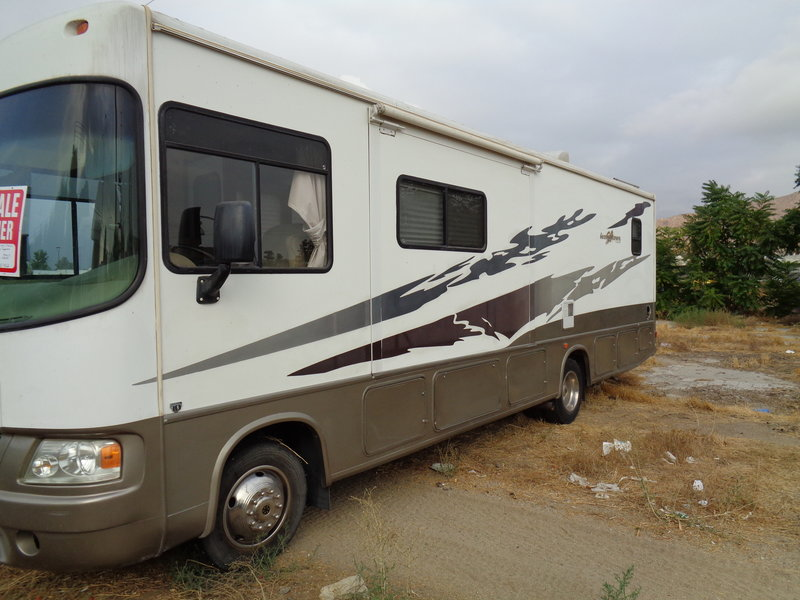 2006 Forest River Georgetown 320