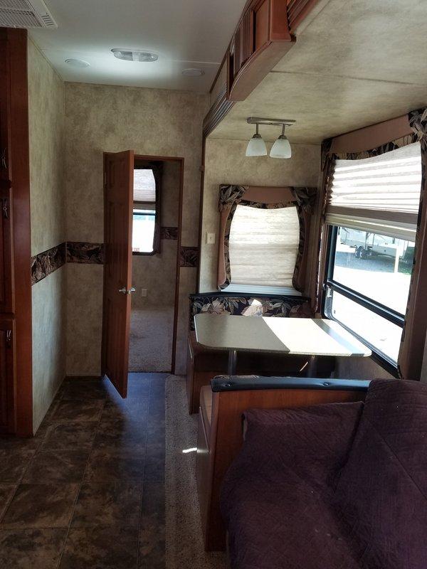 2012 Keystone Avalanche 341TG