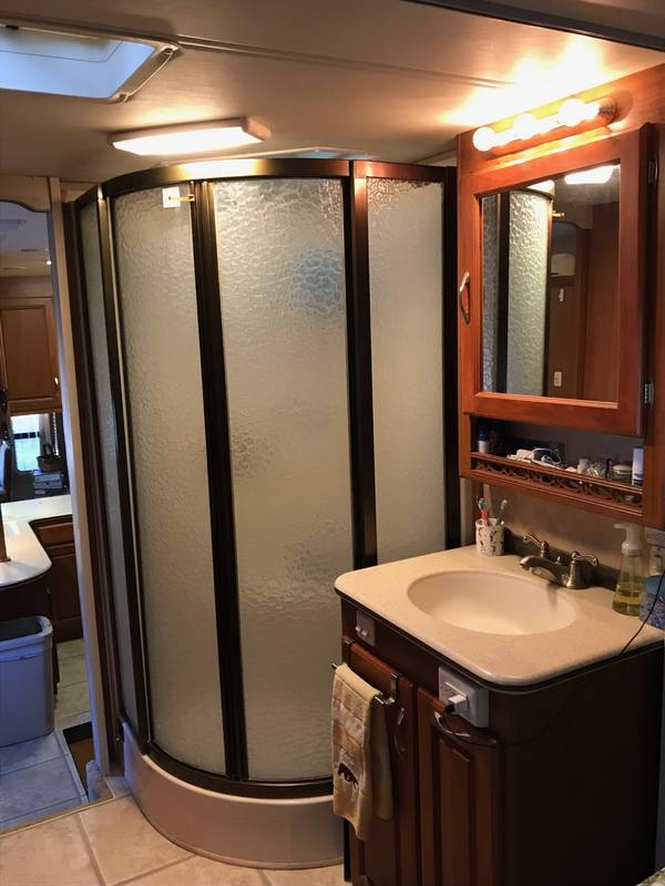 2007 Holiday Rambler Presidential Suite 37SKQ