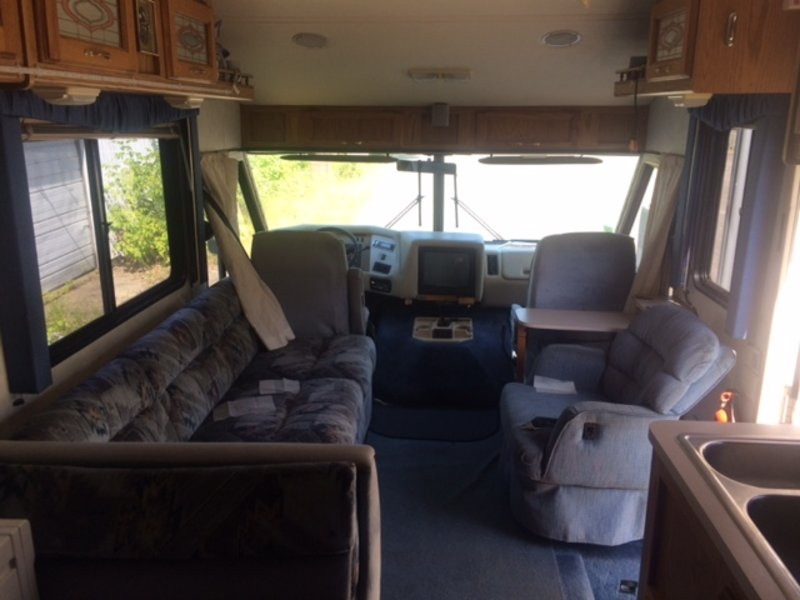 1994 Holiday Rambler Vacationer 31CB