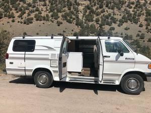 1996 Dodge Ram Van Camper Van Explorer