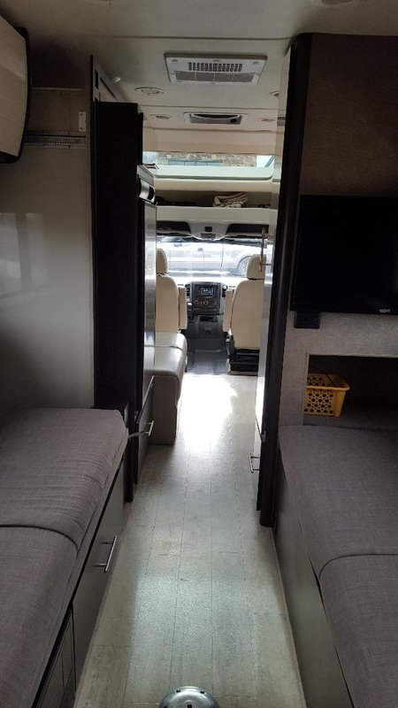 2017 Thor Motor Coach Gemini 24TS