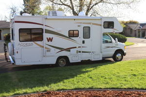 2008 Winnebago Access 24V