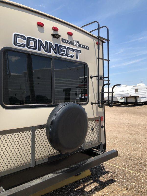 2018 KZ Connect 261LR