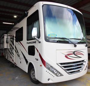 2020 Thor Motor Coach Hurricane 33X