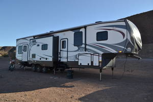 2014 Heartland Road Warrior 415 RW