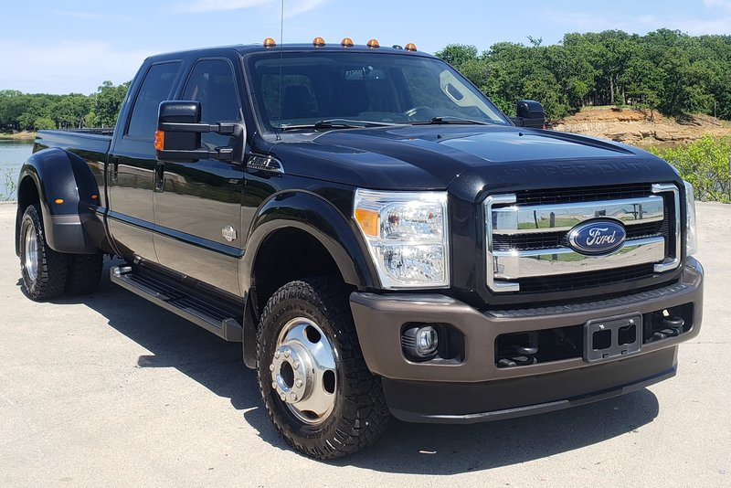 2015 Ford F-350 King Ranch Dually 4WD - Ready !!