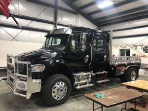 2014 Freightliner SportChassis m2 106