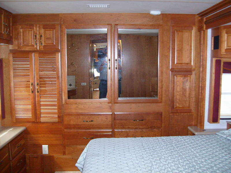 2007 American Coach American Tradition 40J