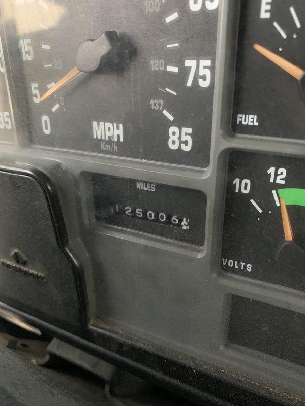 1999 Ford F-650 International 4700
