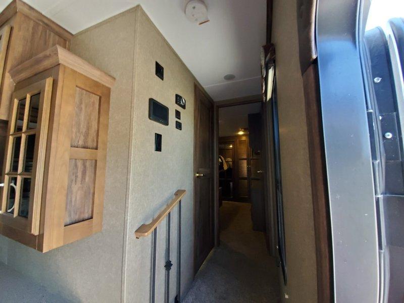 2016 Keystone Alpine 3510RE