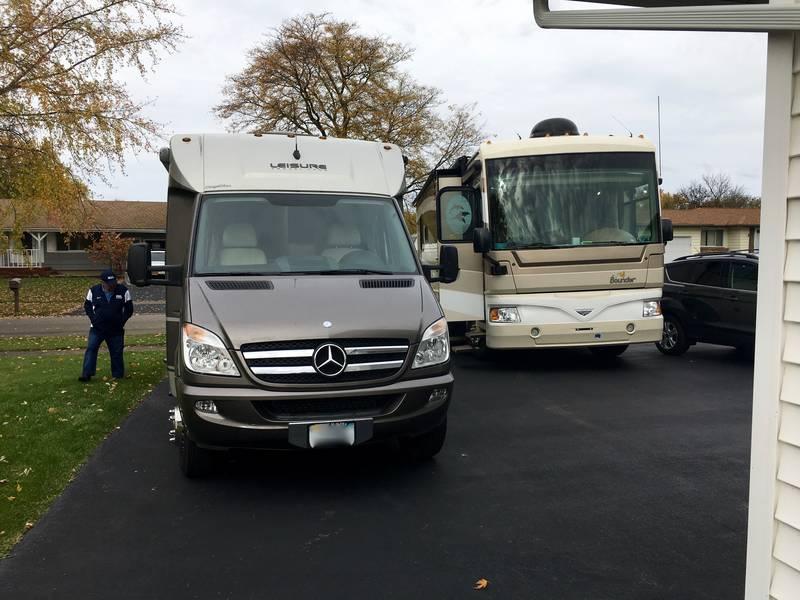 2013 Leisure Travel Vans Unity UMB24