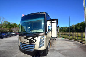 2016 Thor Motor Coach Challenger 37TB