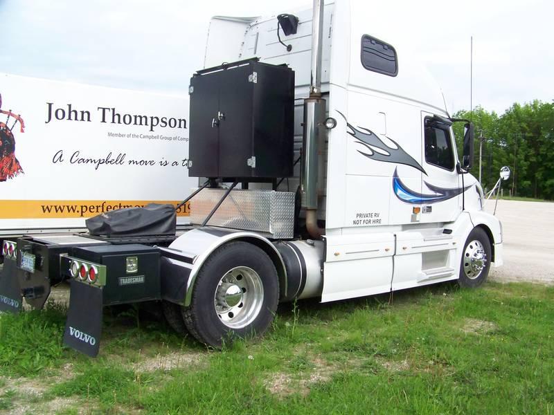 2007 Custom RVHauler VNL670