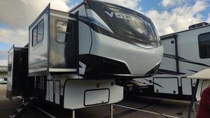 2021 CrossRoads Volante 3851FL